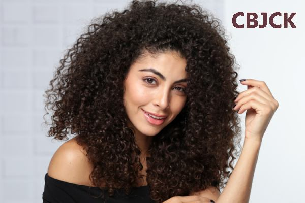 How to take care of curly hair